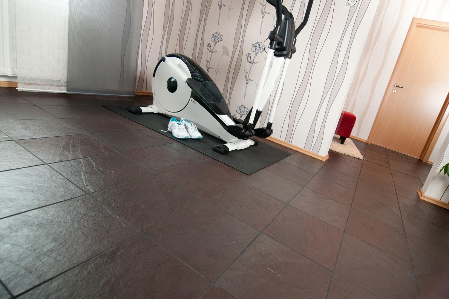schiefer morado fliesen aus stein. Black Bedroom Furniture Sets. Home Design Ideas